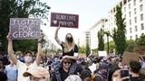 Người Mỹ phản đối cách phản ứng của Tổng thống Trump đối với người biểu tình