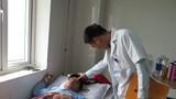 Phạt học sinh, thầy giáo ở Nghệ An bị đánh gãy sống mũi