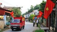 Treo cờ đón Tết, 2 vợ chồng bị điện giật