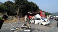Tai nạn kinh hoàng ở quốc lộ, 2 cha con cấp cứu