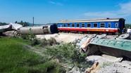 2 người tử vong, cắt cabin đưa thi thể ra ngoài trong vụ tàu hỏa đâm xe tải