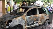 Ô tô của Đại úy CSGT bị tẩm xăng đốt cháy rụi ngay trước trụ sở