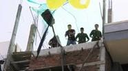 Nghệ An: Đang sửa nhà, người đàn ông rơi xuống đất và tử vong