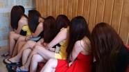 Hơn 200 đối tượng đánh bạc, chứa chấp mại dâm bị xử lý