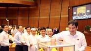 Quốc hội bắt đầu quy trình lấy phiếu tín nhiệm 48 chức danh