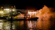 Hình ảnh tàu cá của ngư dân Nghệ An cháy ngùn ngụt trên biển