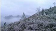 Băng giá phủ trắng miền biên viễn Nghệ An