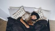 8 vật dụng quen thuộc trong phòng ngủ có thể khiến bạn mắc bệnh đột ngột