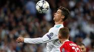 """Ronaldo độc chiếm thêm một kỷ lục, MU nổ """"bom tấn"""" 88 triệu bảng"""