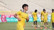 Tiền vệ Hoàng Văn Bình sắp hoàn tất hợp đồng với SLNA