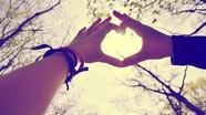 Chuyện cuối tuần: Những phút giây vĩnh cửu của tình yêu