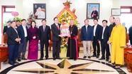Chủ tịch Ủy ban Trung ương MTTQ Việt Nam thăm, chúc mừng Giáo phận Vinh nhân Lễ Giáng sinh 2020