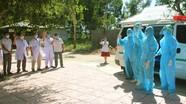 Video: Bệnh nhân Covid -19 trong cộng đồng ở Nghệ An vẫy tay chào, cảm ơn y bác sỹ khi xuất viện