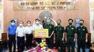 Video: Báo Nghệ An tặng tủ đông cho các chốt biên phòng chống dịch Covid-19