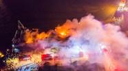 Căng mình dập đám cháy 4 tàu cá ở cảng Lạch Quèn