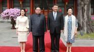Phong cách thời trang của vợ Kim Jong-un gây chú ý ở Trung Quốc