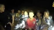 Vì sao đội bóng nhí Thái Lan sống sót sau 9 ngày trong hang tối?
