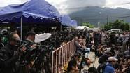 Giải cứu đội bóng Thái Lan: Truyền thông bị chỉ trích thậm tệ