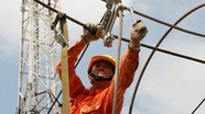 Phó Thủ tướng yêu cầu tiếp tục theo dõi tác động tăng giá điện