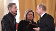 Putin trao Huân chương Anh hùng Nga cho gia đình phi công Su-25 hy sinh