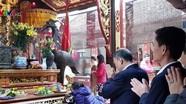 Những cán bộ nào từng dính kỷ luật vì đi lễ chùa trong giờ hành chính?