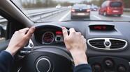 Một thanh niên Đức bị tước bằng lái xe sau khi nhận bằng 49 phút
