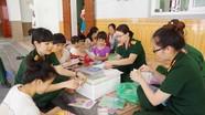 Hội Phụ nữ Bộ CHQS tỉnh tổ chức Tết thiếu nhi cho trẻ mồ côi, khuyết tật