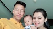 Cầu thủ xứ Nghệ trong kỳ nghỉ lễ:  Phan Văn Đức đăng ảnh 'so deep', Ngọc Hải ở bên vợ con