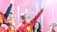 Thái trả khoảng 100.000 USD/tháng không mua được thầy Park; M.U 'mịt mù' đích vô địch Ngoại hạng Anh