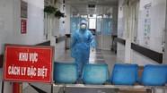 Bệnh nhân 137 nghi tái dương tính khi trở về Nghệ An được đưa ra Hà Nội điều trị