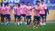 FIFA ấn tượng khi VFF tổ chức hơn 400 trận đấu giữa Covid-19;Hà Nội quyết định tập kín