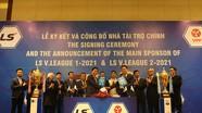 Hậu vệ trái đặc biệt của HLV Park muốn đối đầu với ĐT Việt Nam; Đối tác Hàn Quốc gắn bó thêm 3 năm với V-League