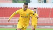 Tiền vệ Cao Xuân Thắng chia tay SLNA sau 15 năm gắn bó