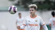 Calisto tham gia đội bóng do Công Vinh sáng lập; Hồ Tấn Tài lên tiếng về cơ hội sang châu Âu thi đấu
