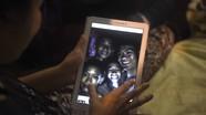 Khoảnh khắc đội bóng Thái Lan được tìm thấy sống sót kỳ diệu trong hang
