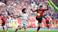 Man United và Liverpool gây thất vọng, HLV U22 Việt Nam bức xúc vì trọng tài