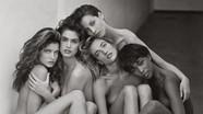 Cựu siêu mẫu Cindy Crawford hối tiếc vì chụp ảnh khỏa thân