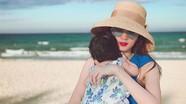 Hoa hậu Đặng Thu Thảo bức xúc vì ảnh hai mẹ con bị lợi dụng quảng cáo
