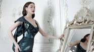 Hồ Ngọc Hà gợi cảm trong bộ sưu tập váy ren, sequin