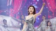 Hương Tràm chạy show đến Tết để kiếm tiền trả nợ