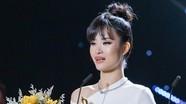 """Đông Nhi khóc nức nở khi thắng giải """"Cống hiến"""""""