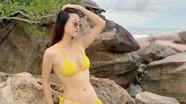 Hoa hậu Lương Thùy Linh tung bộ ảnh bikini nóng bỏng chào hè