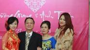 Đời tư ít biết về chị gái Hương Giang Idol, gần 10 năm cho em mượn thân phận