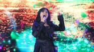 Được bạn trai bác sĩ 'hộ tống' đi hát, Thanh Lam 'cháy' hết mình trên sân khấu