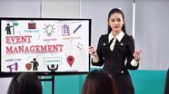 Vượt qua thị phi, Lê Âu Ngân Anh trở thành 'nữ giảng viên sành điệu nhất'