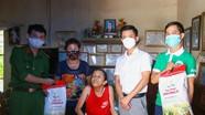 Chuyến xe đặc biệt của nhà tài trợ SLNA đưa 'Hạt gạo nghĩa tình' đến Nghệ An