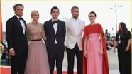 Dàn siêu sao, người mẫu đổ bộ thảm đỏ Liên hoan phim Venice