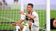 Ronaldo mất đặc quyền đá phạt ở Juventus