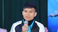 Phạm Xuân Mạnh sang Singapore phẫu thuật chấn thương