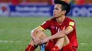 """AFF Cup 2018: """"Gánh nặng"""" Văn Quyết"""